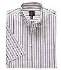 Traveler Short Sleeve Button Down Collar Tailored Fit Sportshirt