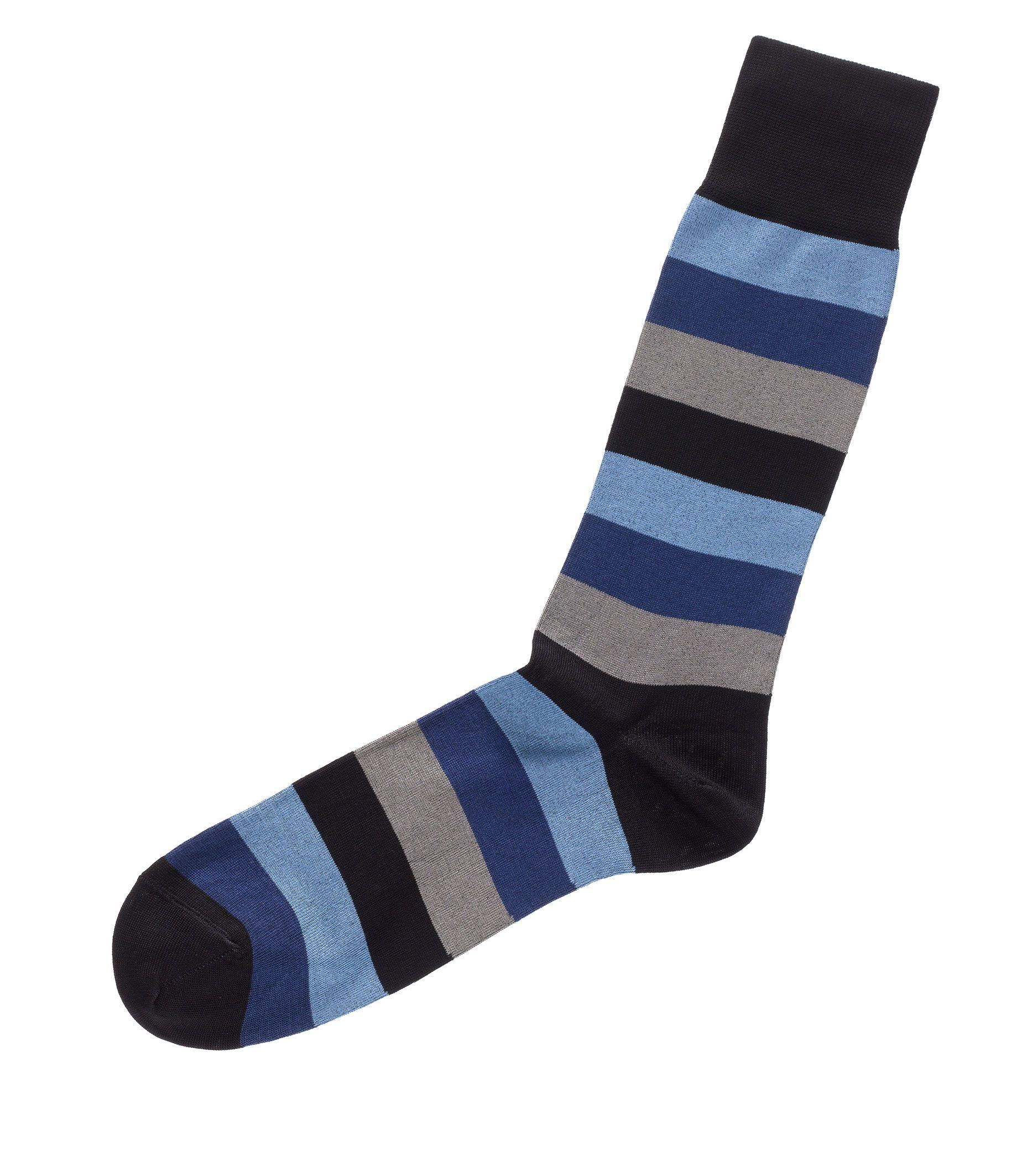 Bold Stripe Mid-Calf Socks