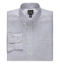 Traveler Wrinkle Free Slim Fit Buttondown Collar Dress Shirt.