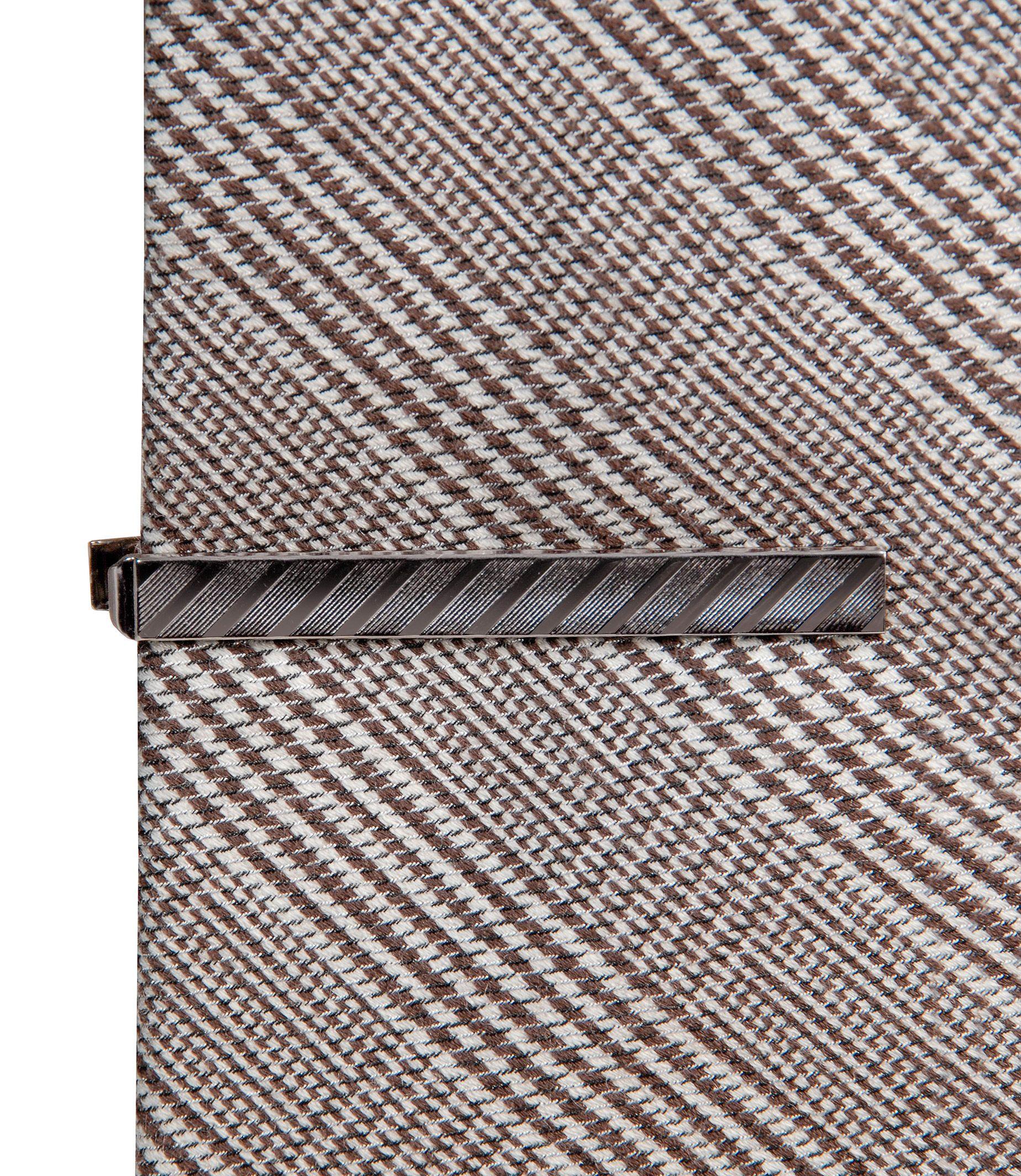 Long Tie Bar