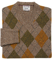 Men's Vintage Style Sweaters – 1920s to 1960s 1905 Collection Traditional Fit Lambswool Argyle V-Neck Mens Sweater - Small Small Taupe Taupe $129.50 AT vintagedancer.com
