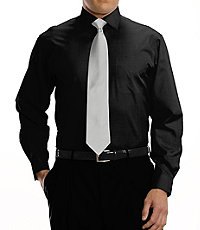 Traveler Tailored Fit Pinpoint Solid Spread Collar Dress Shirt