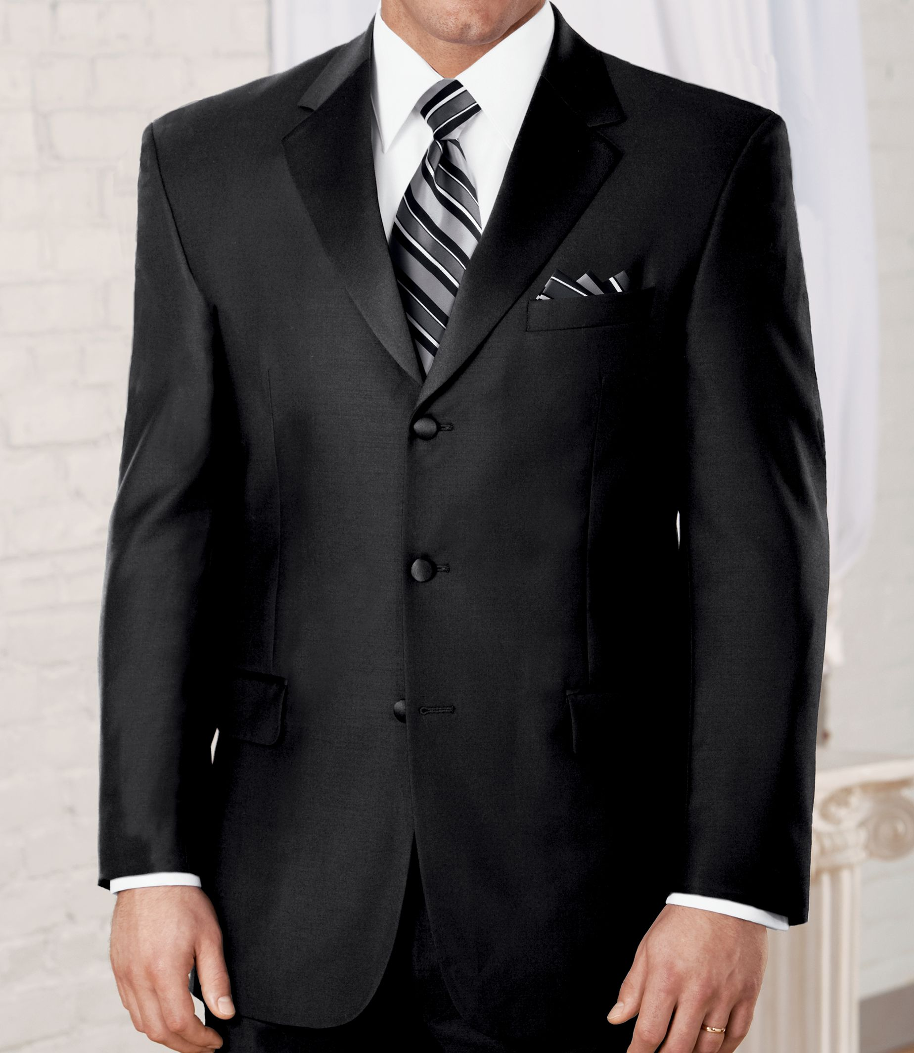 Signature 3-Button Notch Lapel Tuxedo £589.18 AT vintagedancer.com
